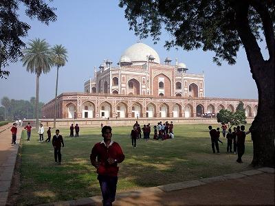 インド旅行記、不思議の国のインド(三日目)