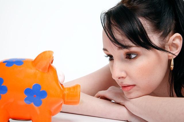 生活保護を受けるとなぜ貯金ができるのか、貯金はして良いのか、貯金できる金額はもらっているのだろうか