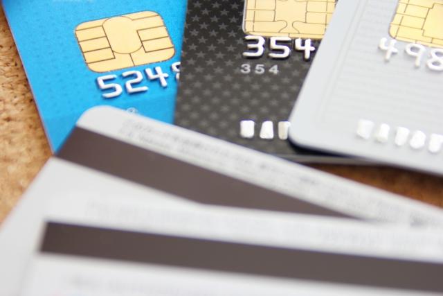 生活保護受給者がクレジットカードを使うことはできるのだろうか